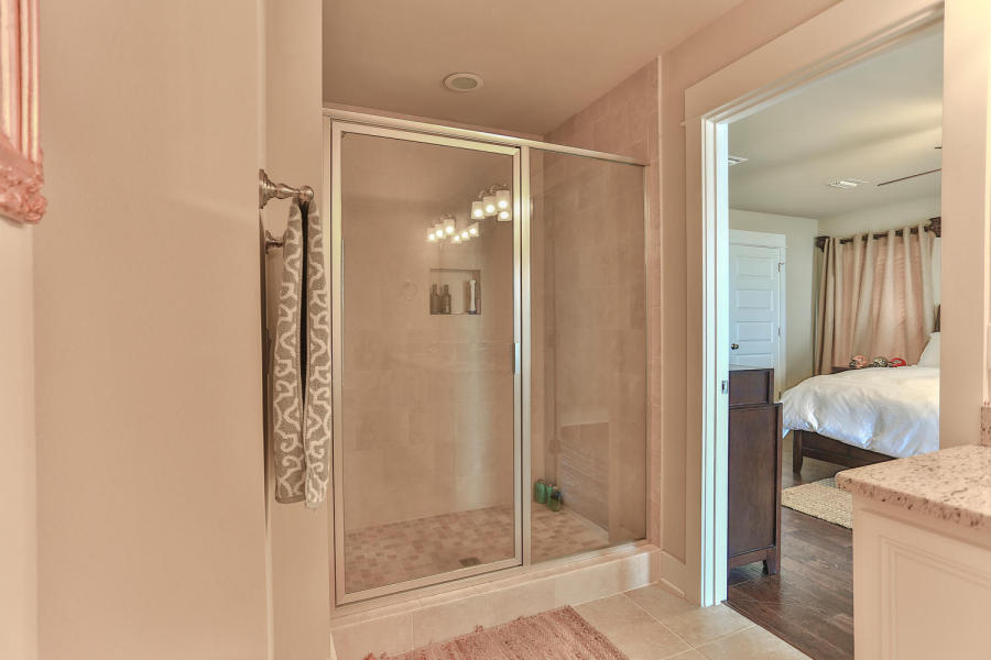 142 montclair master bath 2.jpg