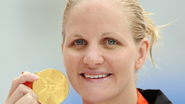 Kirsty-Coventry-Olympic-gold-medal.jpg