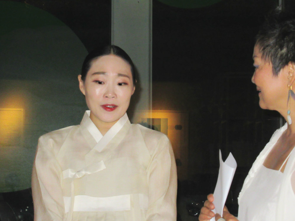 Vocalist 정마리 Marie Jung and 현경 Hyun Kyung Chung