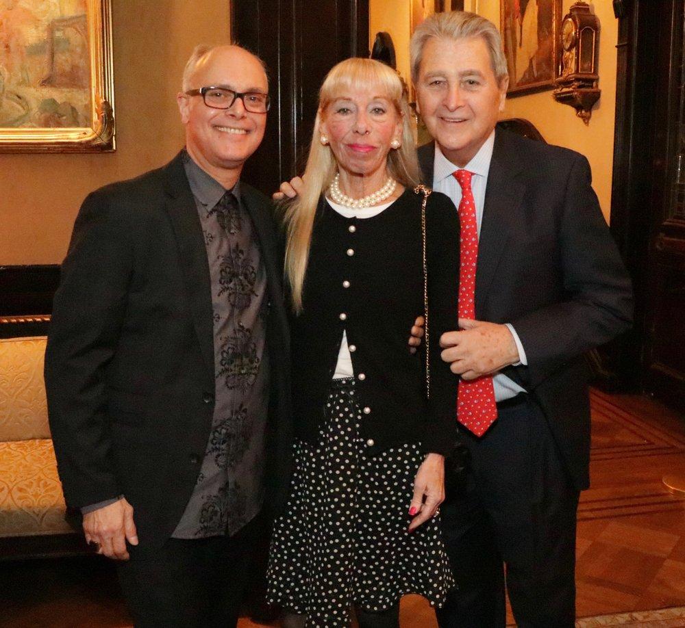 Daniel, Vicki and Fred Modell.jpg
