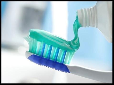 toothbrush-applying-toothpaste.jpg