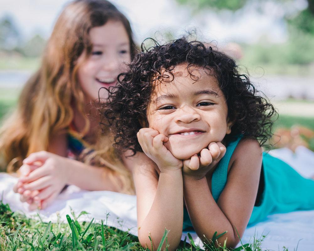 Toni Black - Lifestyle Family Portraits