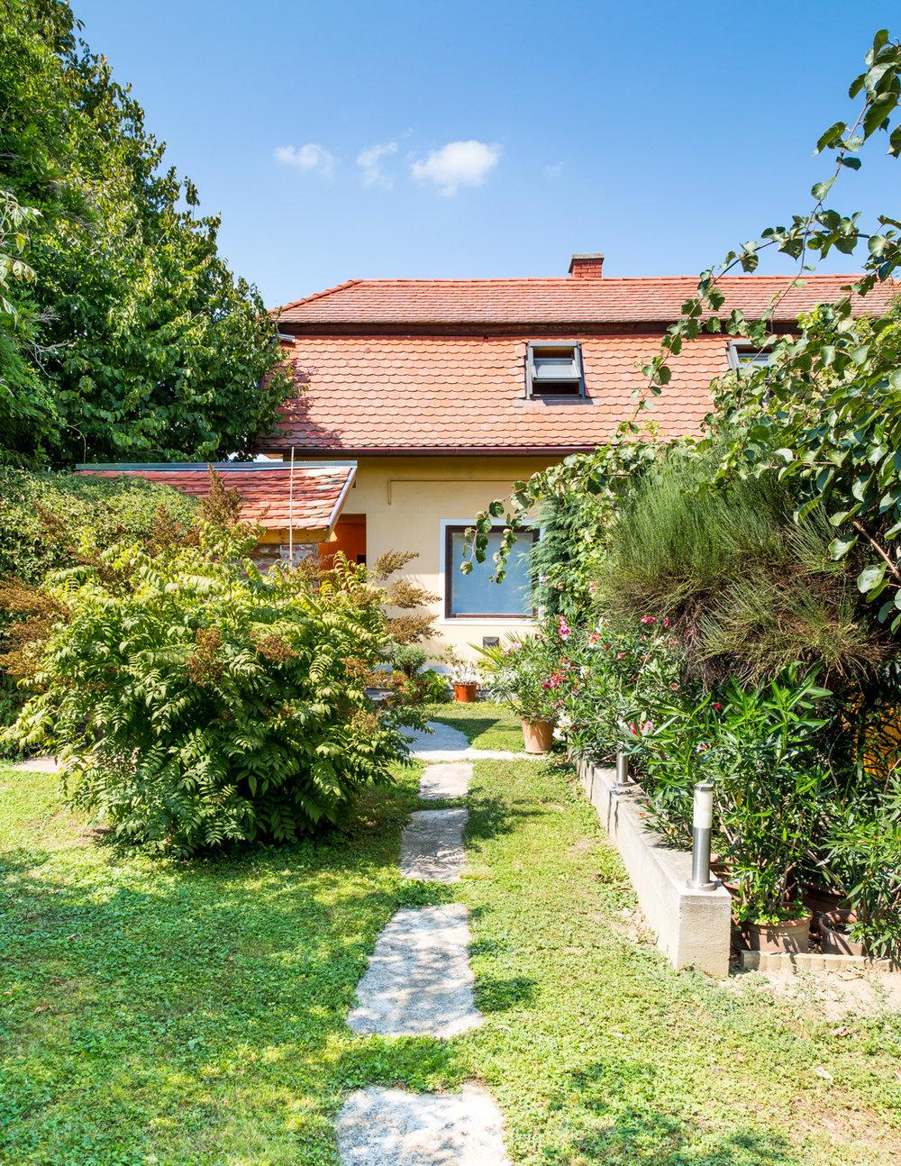 Garden_house.jpg
