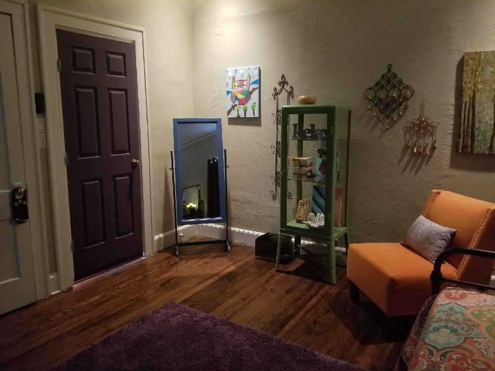 Dallas Prenatal massage, Dallas postpartum massage6