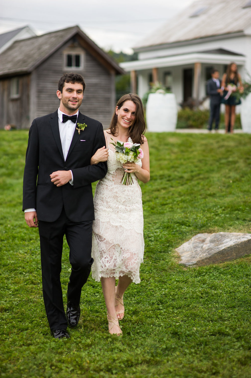 VERMONT-BARN-NYC-WEDDING-PHOTOGRAPHER-1059.jpg