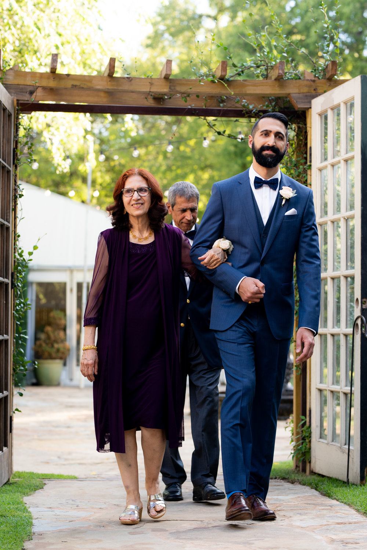 KatieSammyPreviews-Hummingbird-House-Austin-Wedding-1059.jpg