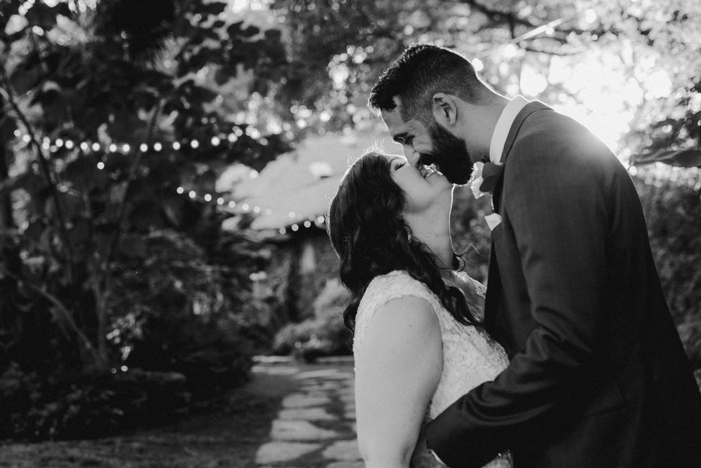 KatieSammyPreviews-Hummingbird-House-Austin-Wedding-1100.jpg
