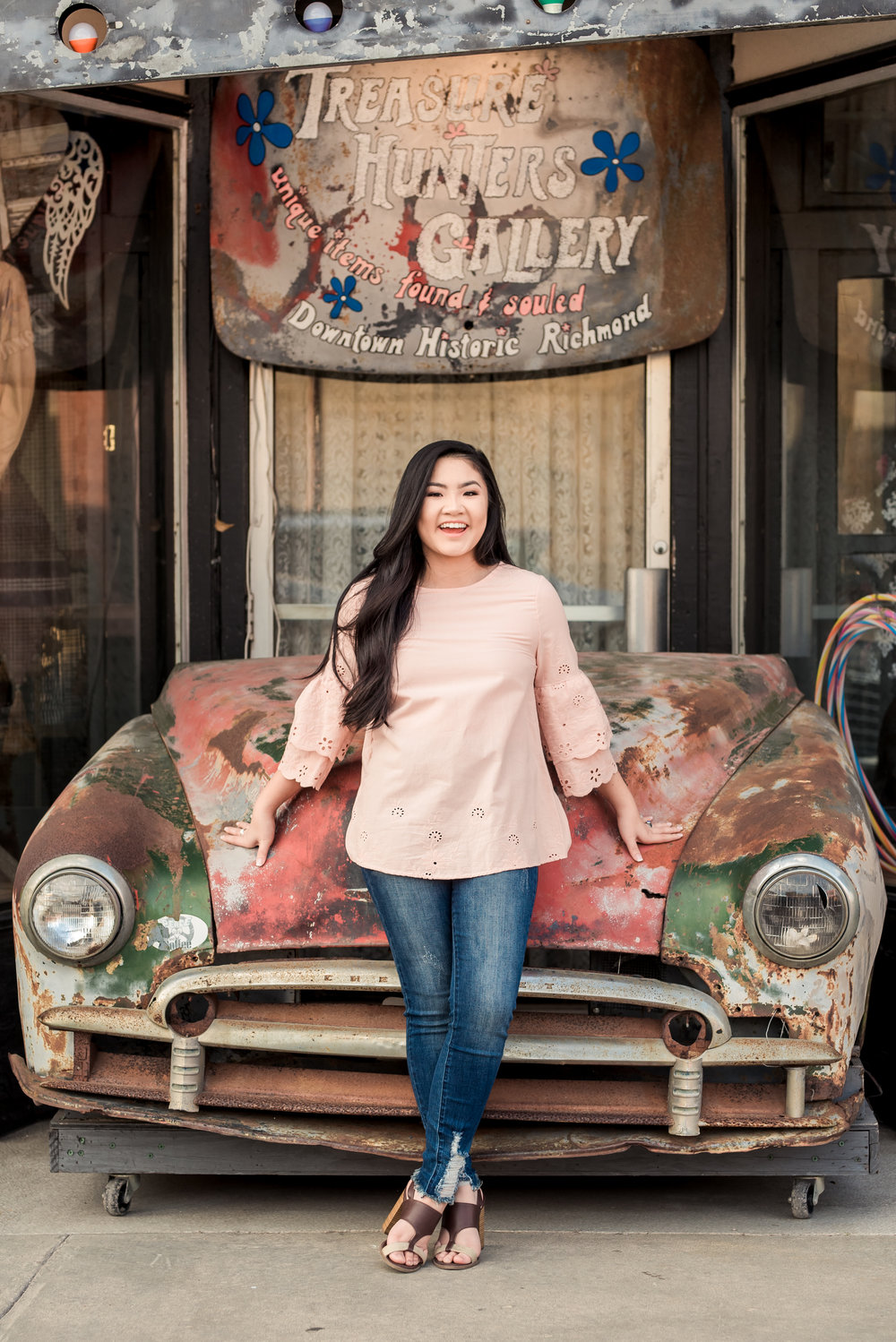 Katy, TX High School Senior Photo Session featuring a local Nursery, Old Town architecture, and boutique styling for Annie, class of 2019.