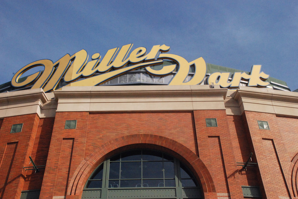 Milwaukee Brewers Baseball Club -