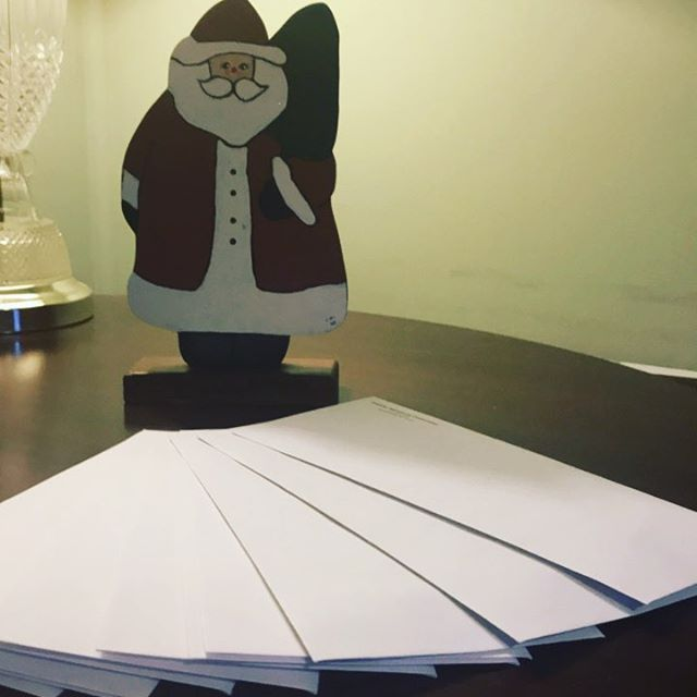 Santa is looking for some volunteers to help get the holiday mailing out in time! Join us Dec.14th 3pm-7pm to stuff, seal and address envelopes. To sign up email Emalee@Housing-Assistance.com or give us a call 🎄