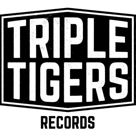 triple tigers.jpg