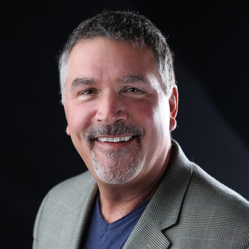 TIM ROBERTS   VP Music Programming  | Entercom Detroit-WYCD