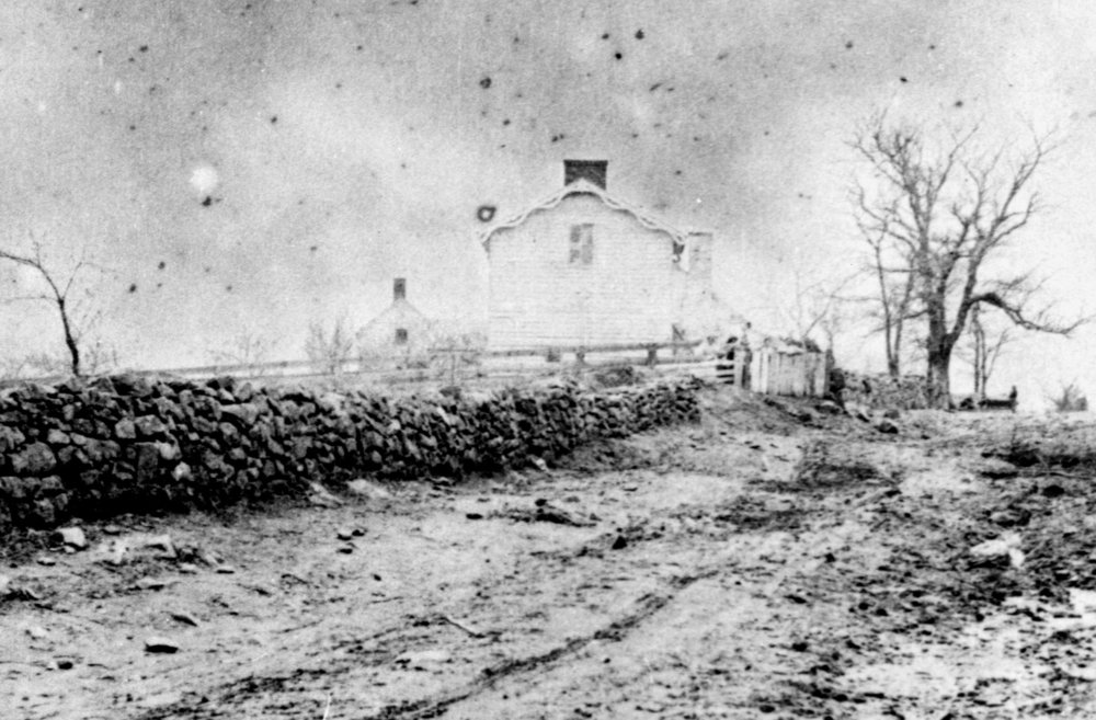 Innis House and the Sunken Road early 19th Century; photo curtesy of www.nps.gov