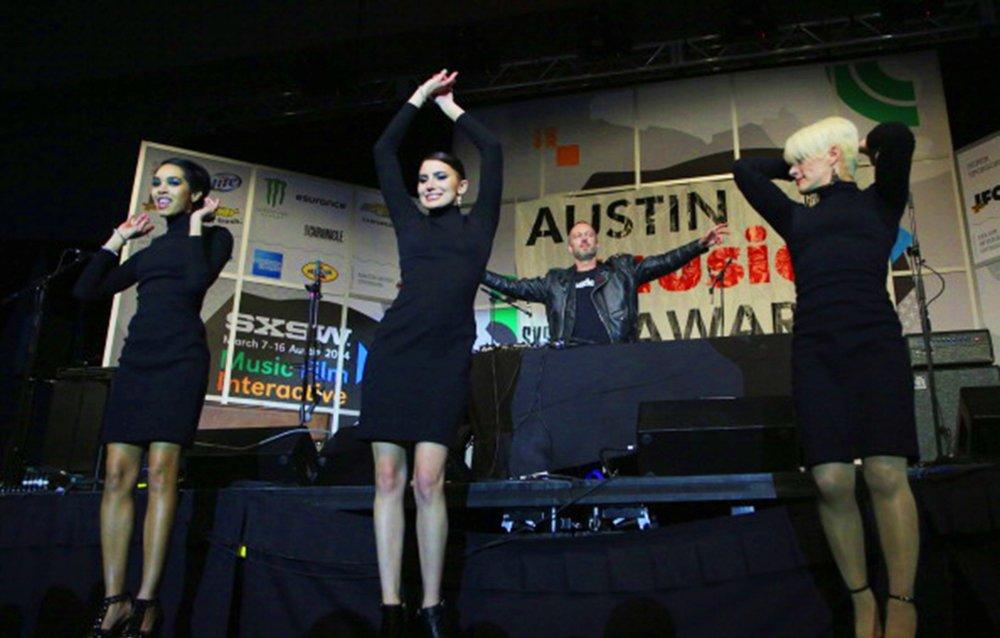 AMA-Dancers.jpg