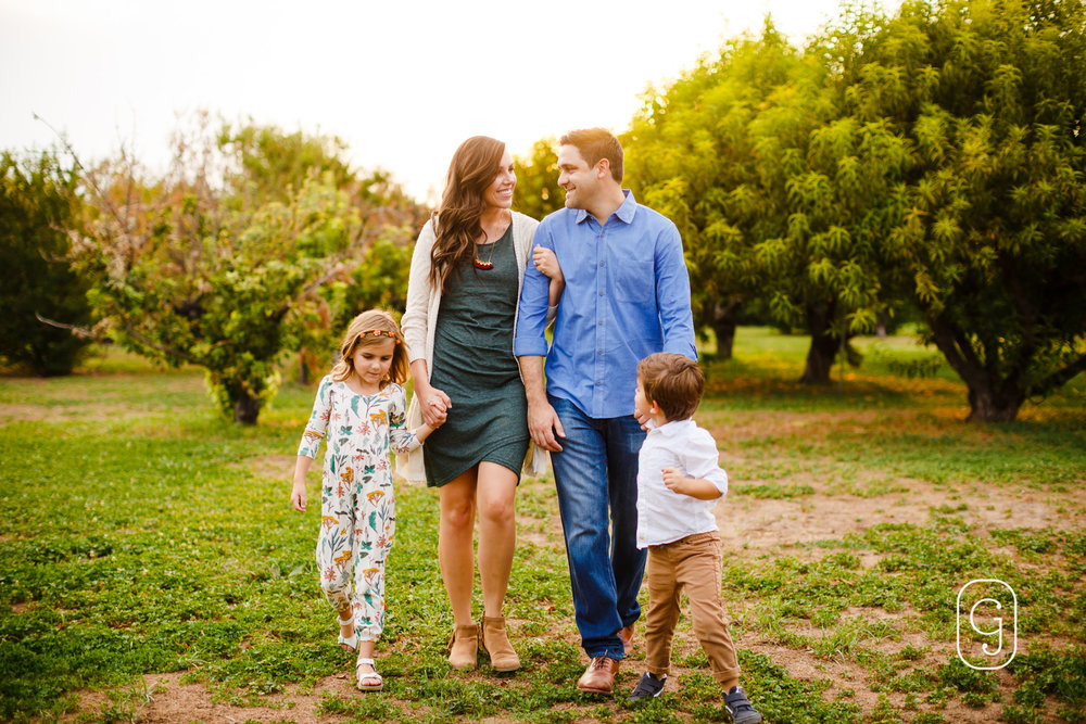JulieGriffinPhotography_blog_JohnstonFamily-Sept2017_007.jpg