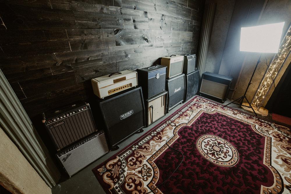 Live Room Guitar Amps