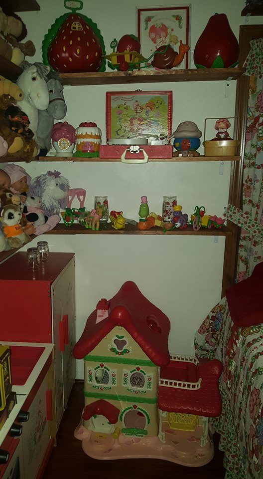 80's Themed Room - Strawberry Shortcake