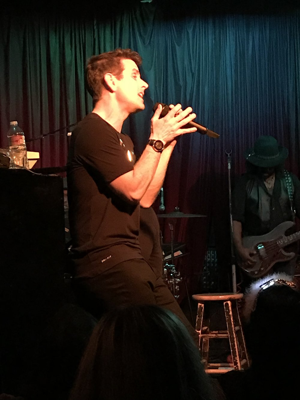 Joey McIntyre - Hollywood Nights (Photo by Mandy)