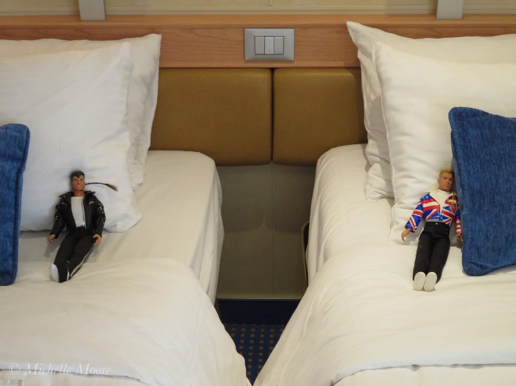 Jordan and Donnie in their respective beds