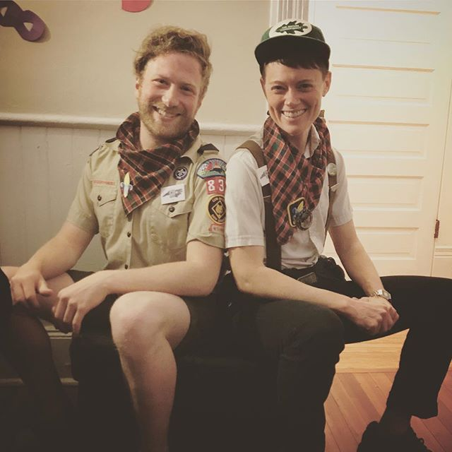 Are you missing Purim as much as our favorite Boy Scout and Goy Scout duo are?! #throwback #phrasecredtocole