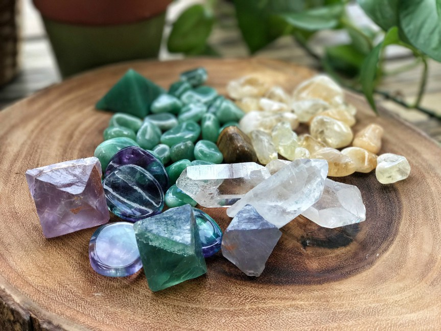 crystals-for-productivity-featured.jpg