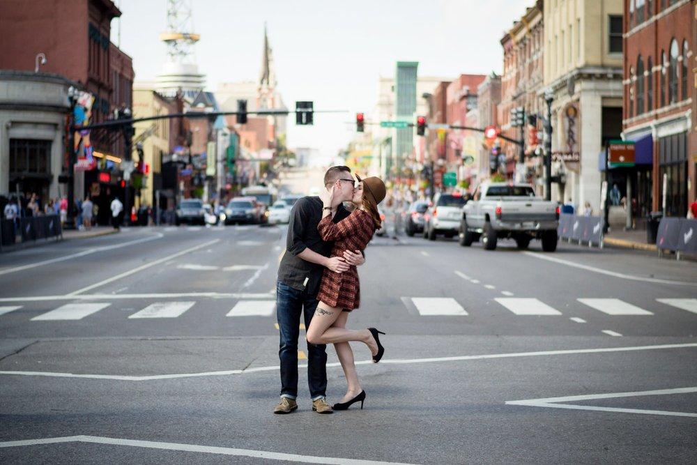 Nashville-wedding-photographers-Downtown-Nashville-Engagement-Broadway