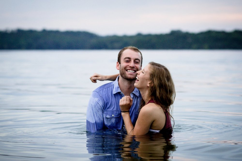 Nashville-lifestyle-photographer-percy-priest-lake-water-session