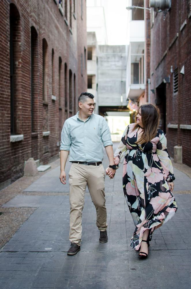 Nashville-wedding-photographers-Downtown-Nashville-Engagement