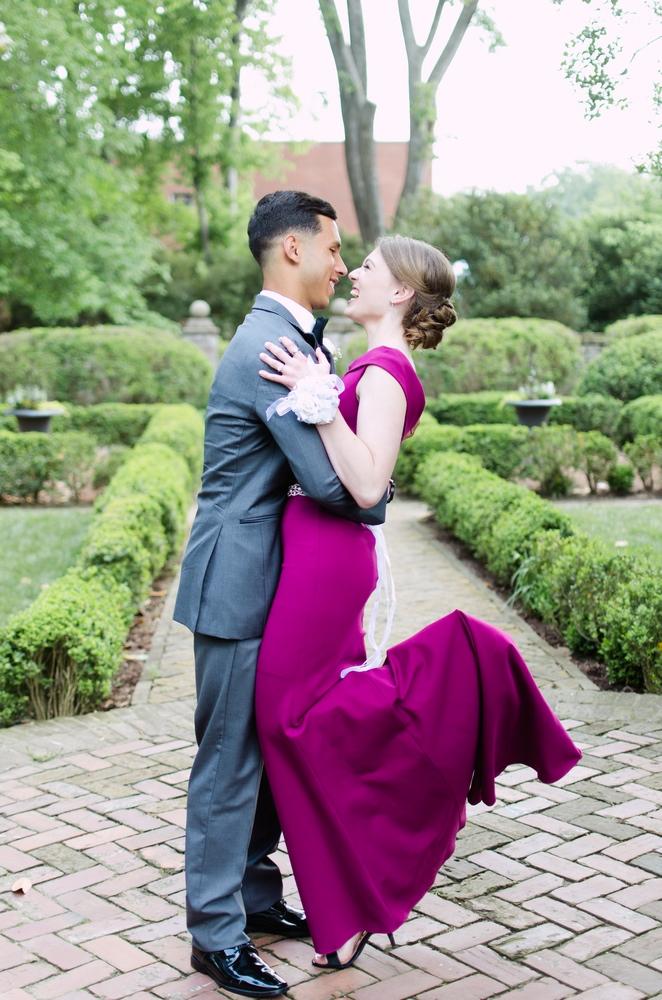Nashville-Prom-photographers-James-K-Polk-Home