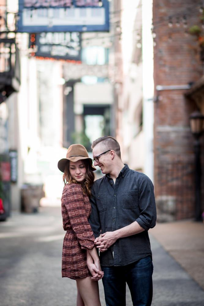 Nashville-wedding-photographers-Downtown-Nashville-Engagement-Printers-Alley