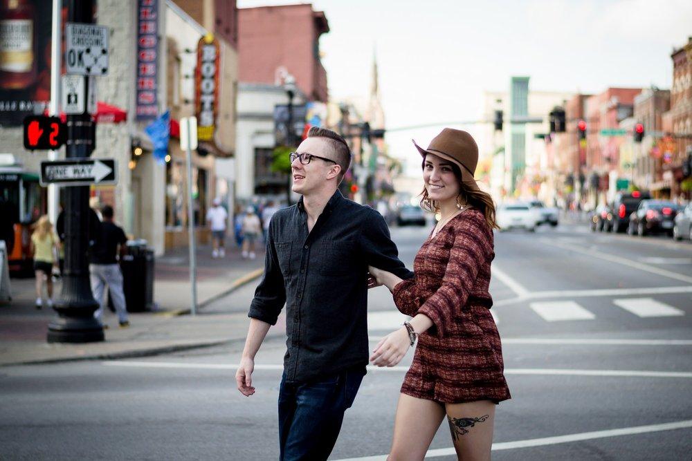 Nashville-wedding-photographer-Downtown-Nashville-Engagement-Broadway-Street