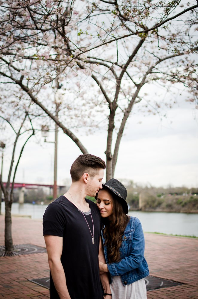 Nashville-wedding-photographers-Downtown-Nashville-Engagement-Cherry-Blossom