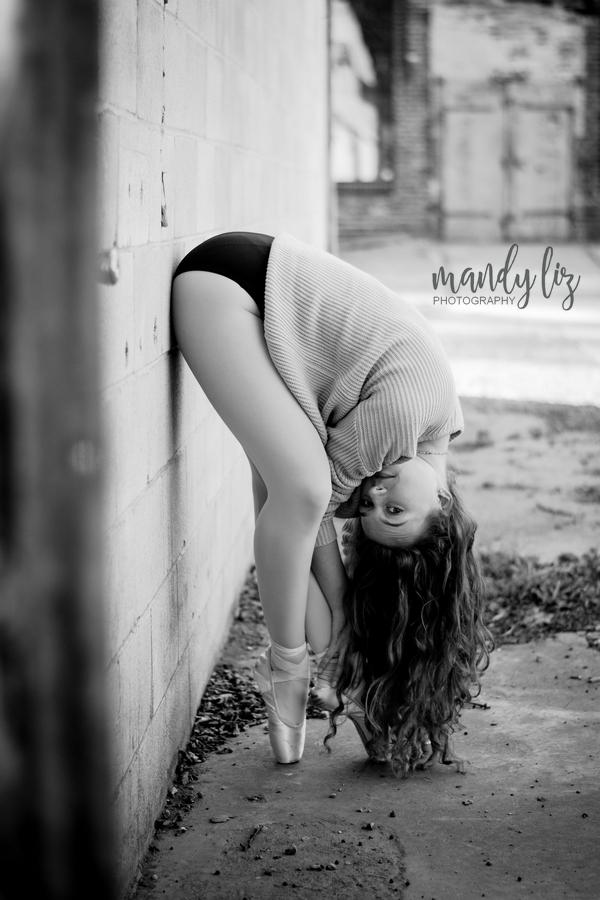 Nashville-senior-photographer-City-Urban-Ballerina-Ballet-Session (12)