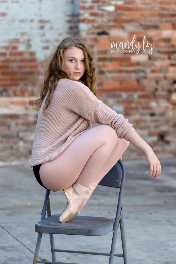 Nashville-senior-photographer-City-Urban-Ballerina-Ballet-Session (17)