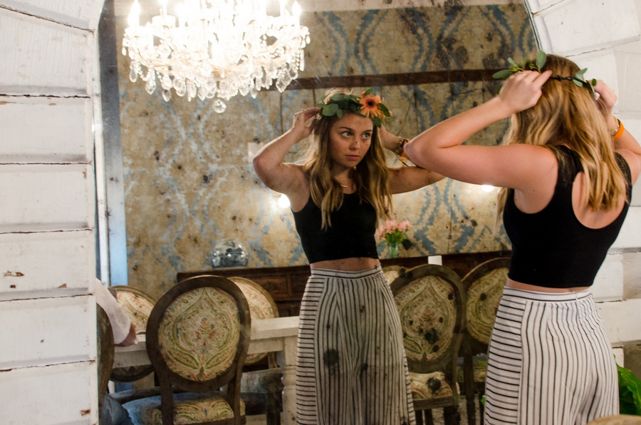 Sweet-16-Flower-Crown-Birthday-Party-City-Farmhouse-Nashville-Photographers+14