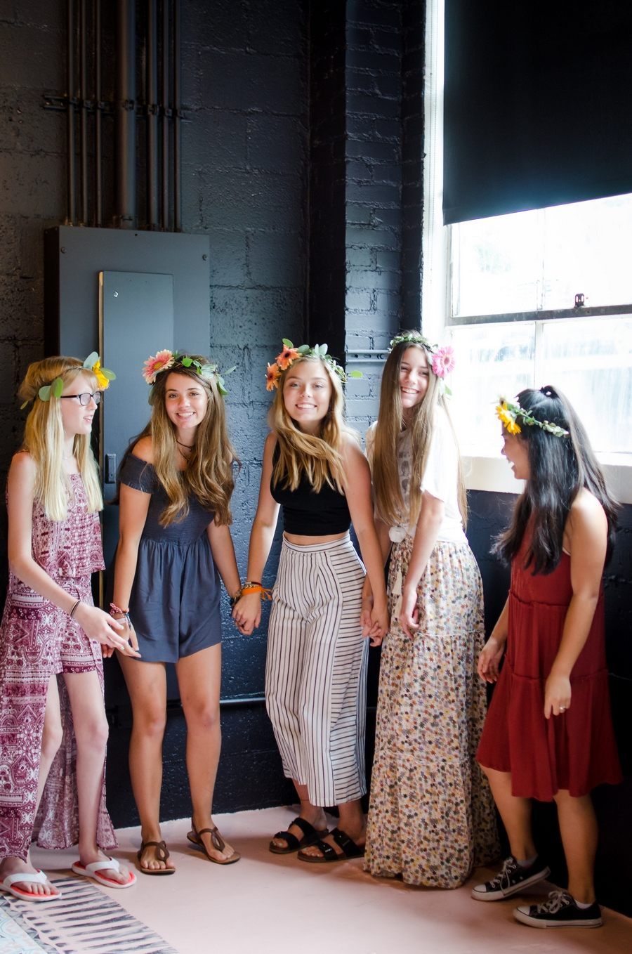 Sweet-16-Flower-Crown-Birthday-Party-City-Farmhouse-Nashville-Photographers+26