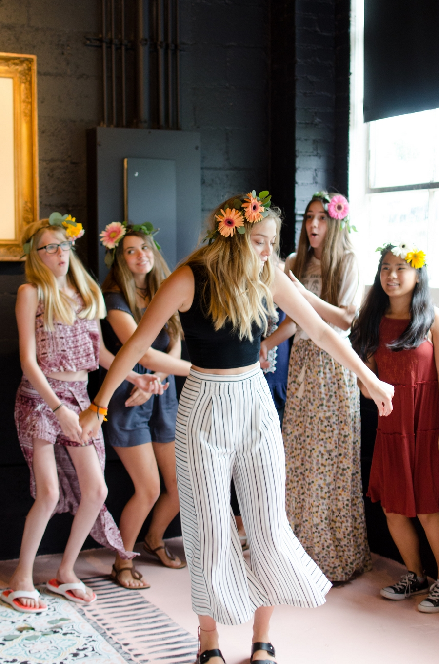 Sweet-16-Flower-Crown-Birthday-Party-City-Farmhouse-Nashville-Photographers+27