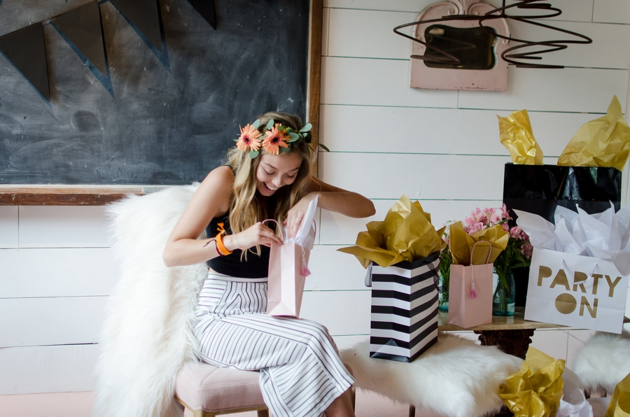 Sweet-16-Flower-Crown-Birthday-Party-City-Farmhouse-Nashville-Photographers+32