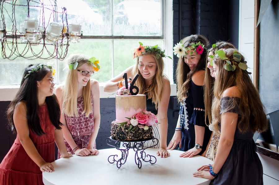 Sweet-16-Flower-Crown-Birthday-Party-City-Farmhouse-Nashville-Photographers+36
