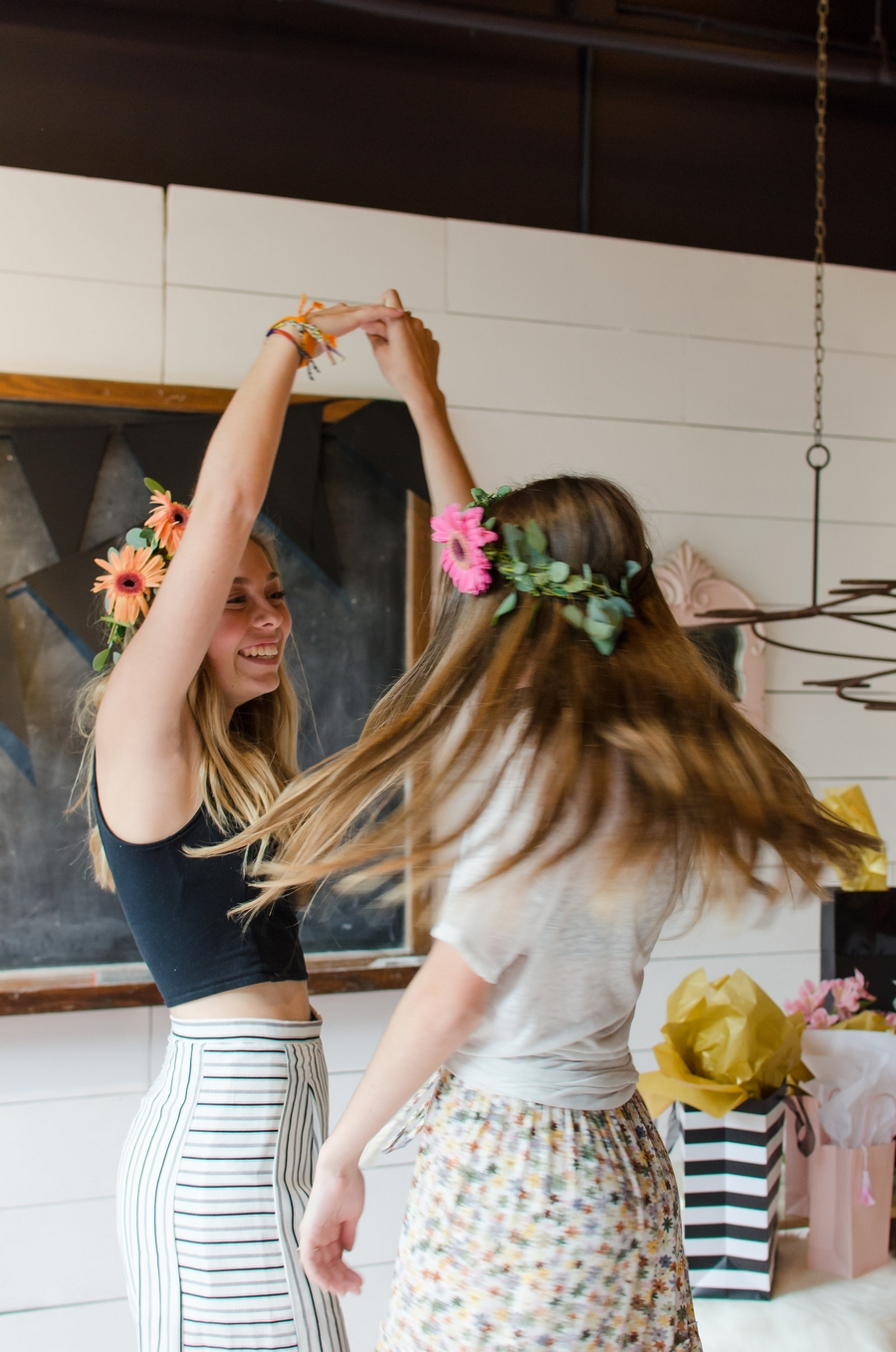 Sweet-16-Flower-Crown-Birthday-Party-City-Farmhouse-Nashville-Photographers+37