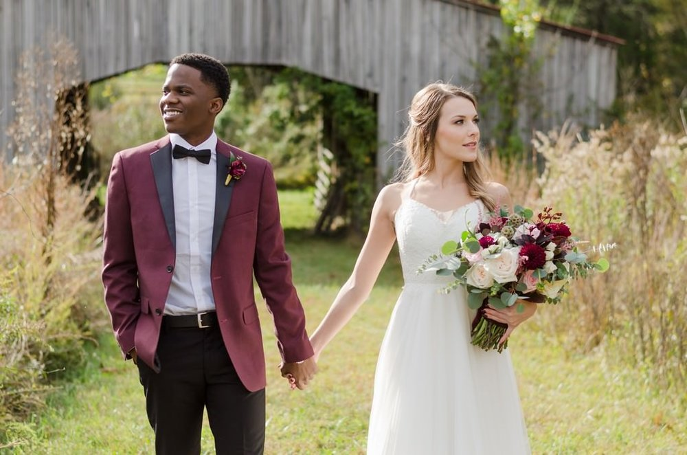 Iriswoods-Mt-Juliet-Blush-and-Burgundy-Nashville-Wedding-Photographer+10