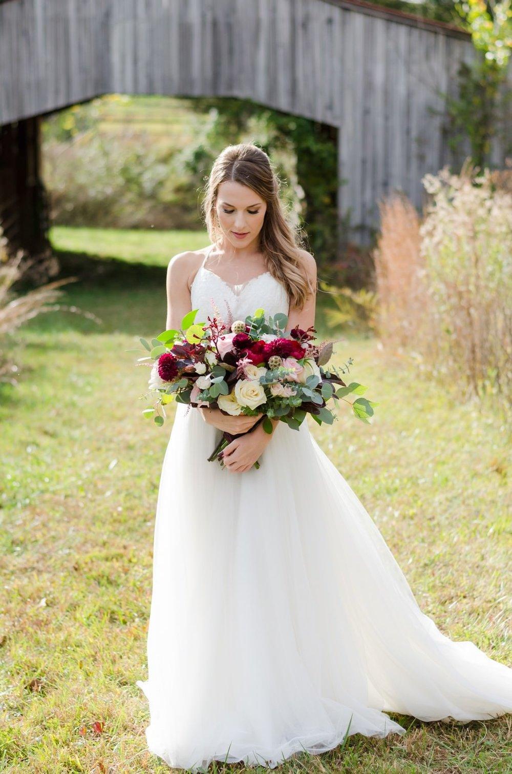 Iriswoods-Mt-Juliet-Blush-and-Burgundy-Nashville-Wedding-Photographer+11