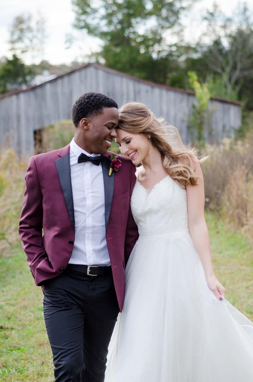 Iriswoods-Mt-Juliet-Blush-and-Burgundy-Nashville-Wedding-Photographer+15