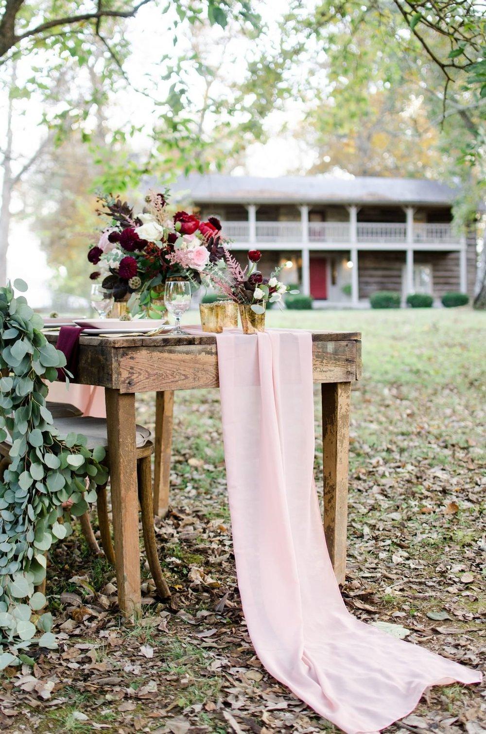 Iriswoods-Mt-Juliet-Blush-and-Burgundy-Nashville-Wedding-Photographer+24