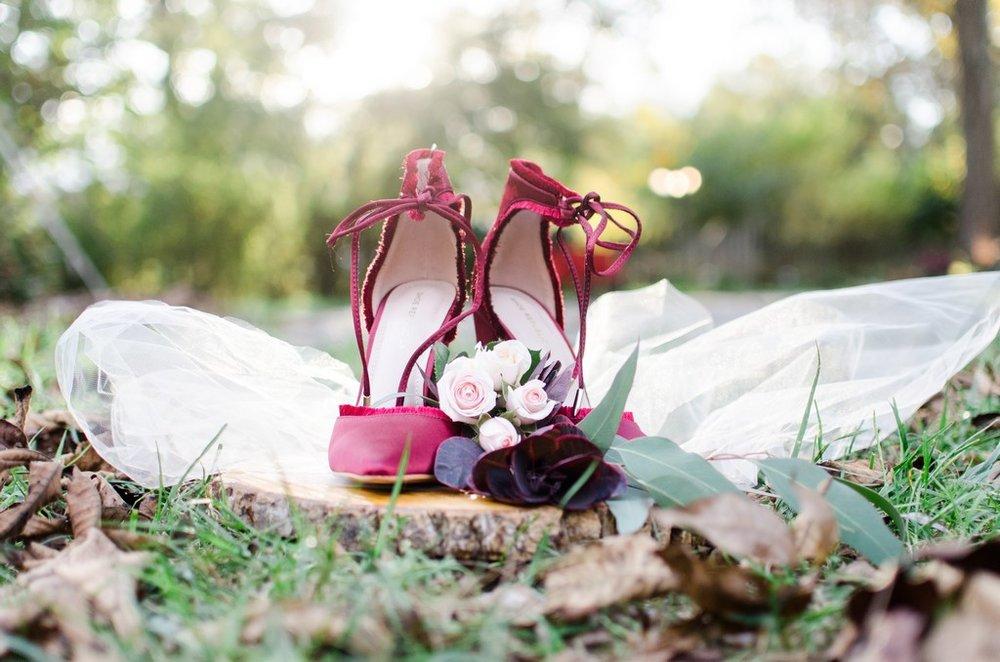 Iriswoods-Mt-Juliet-Blush-and-Burgundy-Nashville-Wedding-Photographer+27