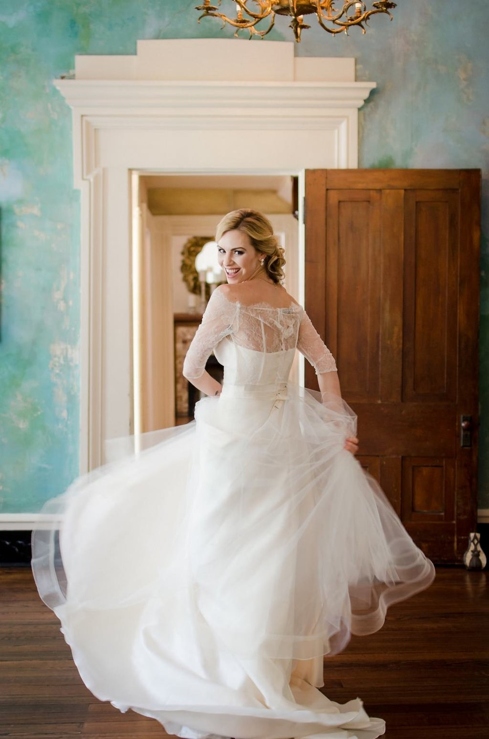 Intimate-spring-elopement-Riverwood-Mansion-Nashville-Wedding-Photographer+2
