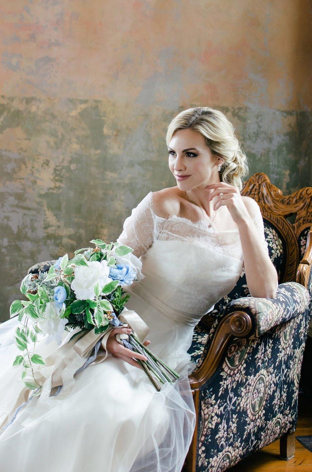 Intimate-spring-elopement-Riverwood-Mansion-Nashville-Wedding-Photographer+9