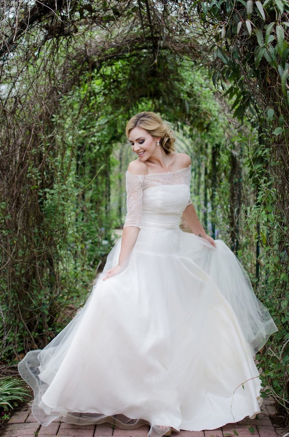 Intimate-spring-elopement-Riverwood-Mansion-Nashville-Wedding-Photographer+11