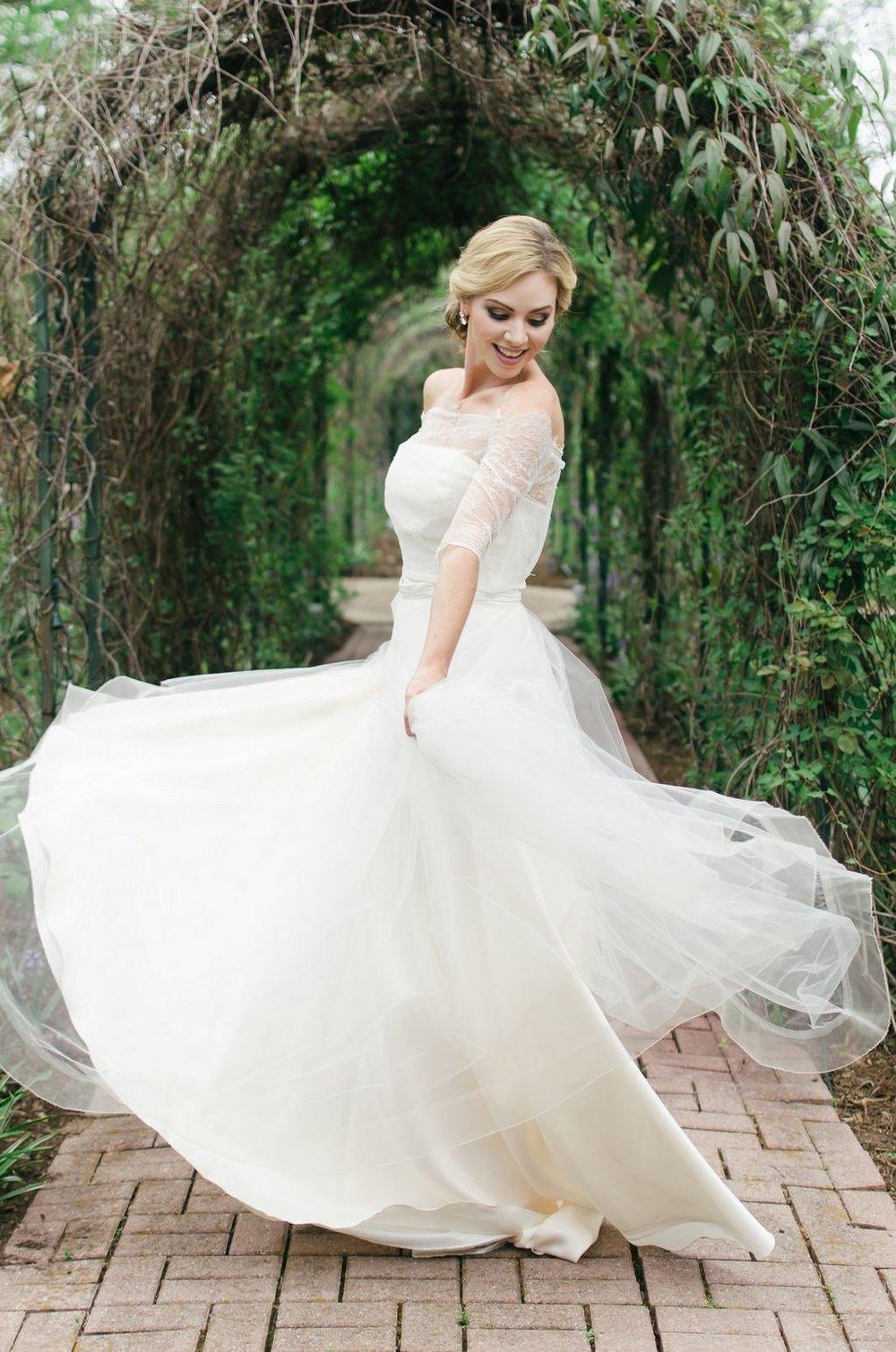 Intimate-spring-elopement-Riverwood-Mansion-Nashville-Wedding-Photographer+13