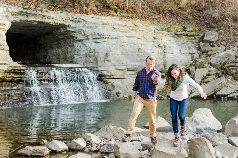 Tom-Hannah-Narrows-of-the-harpeth-adventurous-winter-Engagement-Session-Nashville-Wedding-Photographers+10